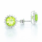Exquisite Modern Ladies 14K White Gold Diamond Green Peridot Ring & Earrings Set