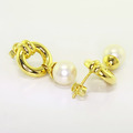 Lustrous Fine Estate Ladies 14K Yellow Gold White Pearl Earrings Jewelry