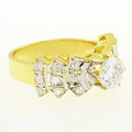 Stunning Ladies 14K Yellow Gold Round Diamond Vintage Engagement Ring