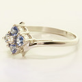 Dazzling Ladies 10K White Gold Blue Sapphire Diamond Cluster Ring Jewelry