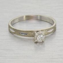 Beautiful Fine Vintage 14k Gold Diamond Solitaire Engagement Ring