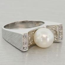 European Design 18K Gold Pearl Ring by O.P.G Gioielli