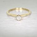 Charming Ladies 14K Yellow Gold Round Diamond Engagement Ring