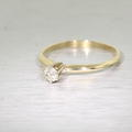 Charming Ladies 14K Yellow Gold Round Diamond Engagement Ring