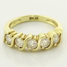 Stunning Solid 14K Yellow Gold 0.75ctw Round Diamond Ring