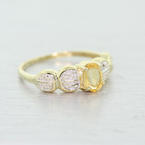 Stunning Ladies Vintage 10K Yellow Gold Citrine Diamond Ring