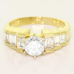 Spectacular Ladies 14K Yellow Gold Round Diamond Engagement Ring
