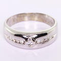 Dazzling Ladies 14k White Gold Round Diamond Engagement Anniversary Ring Band