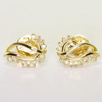 Beautiful Ladies Vintage 14K Yellowo Gold Round Diamond Seashell Earrings