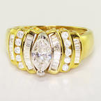Ravishing Ladies Vintage 14K Yellow Gold Marquise Diamond Estate Engagement Rin