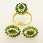 Elegant Ladies 14K Yellow Gold Emerald Diamond Cocktail Ring Earring Jewelry Set