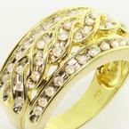 Charming Ladies Vintage 10K Yellow Gold Round Diamond Twisted Right Hand Ring