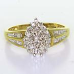 Glamorous Ladies Vintage 14K Yellow Gold Round Baguette Diamond Cluster Ring