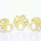Beautiful Ladies Vintage 14K Yellow Gold Pearl Diamond Ring Earring Jewelry Set