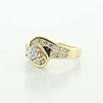 Dazzling Vintage Ladies 14K Yellow Gold Round Diamond Engagement Ring