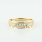 Stunning Vintage 10K Yellow Gold Round Diamond Wedding Band Ring