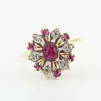 Beautiful Vintage Ladies 14K Yellow Gold Ruby Diamond Cocktail Ring