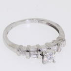 Lovely Ladies Platinum Diamond Engagement Ring