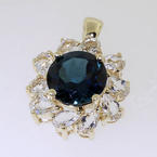 Stunning Yellow Gold 10K London Blue Topaz & White Topaz Ladies Charm