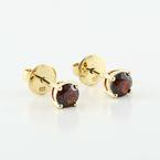 Beautiful 18K Yellow Gold Round Garnet Stud Earrings