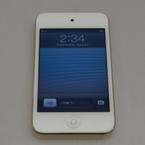 Apple iPod Touch 16GB 4th Generation ME179LL MP3 Player-White