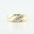 Beautiful 14K Yellow Gold Round Diamond Ladies Wedding Band Ring