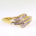 Charming Ladies 10K Yellow Gold Diamond 0.35CTW Right Hand Ring Jewelry