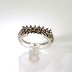 Charming Ladies Estate 14K White Gold Diamond 0.32CTW Double Row Ring Band Jewelry