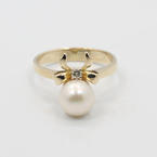 Classic Ladies 14K Yellow Gold Pearl and Diamond 2 PC Jewelry Set