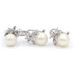 Lustrous Ladies Vintage 10K White Gold Pearl and Diamond Jewelry 2PC Set