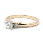 Dazzling Ladies 14K Yellow Gold Three Stone Diamond Engagement Ring Jewelry