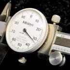 """Mitutoyo Micrometer Shock Proof Dial Caliper 505-637-50 0-6"""" Range .001 Grad"""
