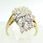 Charming Ladies 10K Yellow Gold Diamond 0.15CTW Right Hand Ring Jewelry