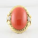Beautiful 14K Yellow Gold Oval Cabochon Coral Round Diamond Ring