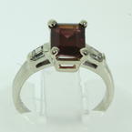 Charming Ladies Estate 14K White Gold Garnet Diamond 1.95CTW Anniversary Ring