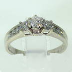 Exquisite Ladies 14K White Gold Three Stone  Diamond 0.80CTW Engagement Ring Jewelry