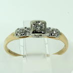Exquisite Ladies Vintage 14K Two Tone Gold Diamond 0.15CTW Engagement Ring Jewelry