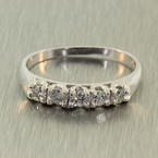 Scintillating Ladies Vintage 14K White Gold Diamond 0.50CTW Ring Band Jewelry