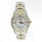 Gorgeous Two-Tone Crystal Ladies Bulova Mother of The Pearl Stainless Steel Watch 98L135