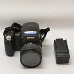 Sony Cyber Shot DSC-R1 10.3MP Black Digital Camera, Carl Zeiss Lens 24-120MM