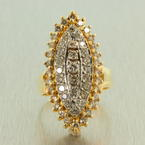 Charming Ladies Vintage 14K Yellow Gold White Gold Diamond 1.50CTW Cocktail Ring Jewelry