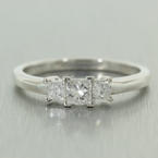 Stunning Ladies 14K Three Stone Princess Cut Diamond 0.75CTW Wedding Ring Jewelry