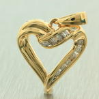 NEW Ladies 10K Yellow Gold Diamond 0.15CTW Open Heart Pendant Jewelry