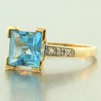 Vintage Retro 10K Yellow Gold Blue Topaz Diamond Cocktail Right Hand Ring