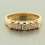 Scintillating Ladies 18K Yellow Gold Diamond 0.50CTW Cluster Pyramid Ring Jewelry