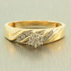Classic Womens Vintage 10K Yellow Gold Diamond Solitaire Side Stones 1/5CTW Engagement Ring