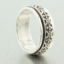 Very Unique Sterling Silver 925 Ring With Striking Design