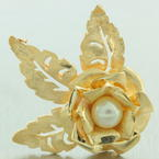 Vintage Estate Classic Ladies 14k Yellow Gold Cultured White Pearl Rose Brooch
