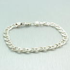 Lustrous 925 Sterling Silver Gucci Link Design 8 in bracelet  Jewelry