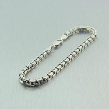 Stunning Sterling Silver 925 Linked Bracelet